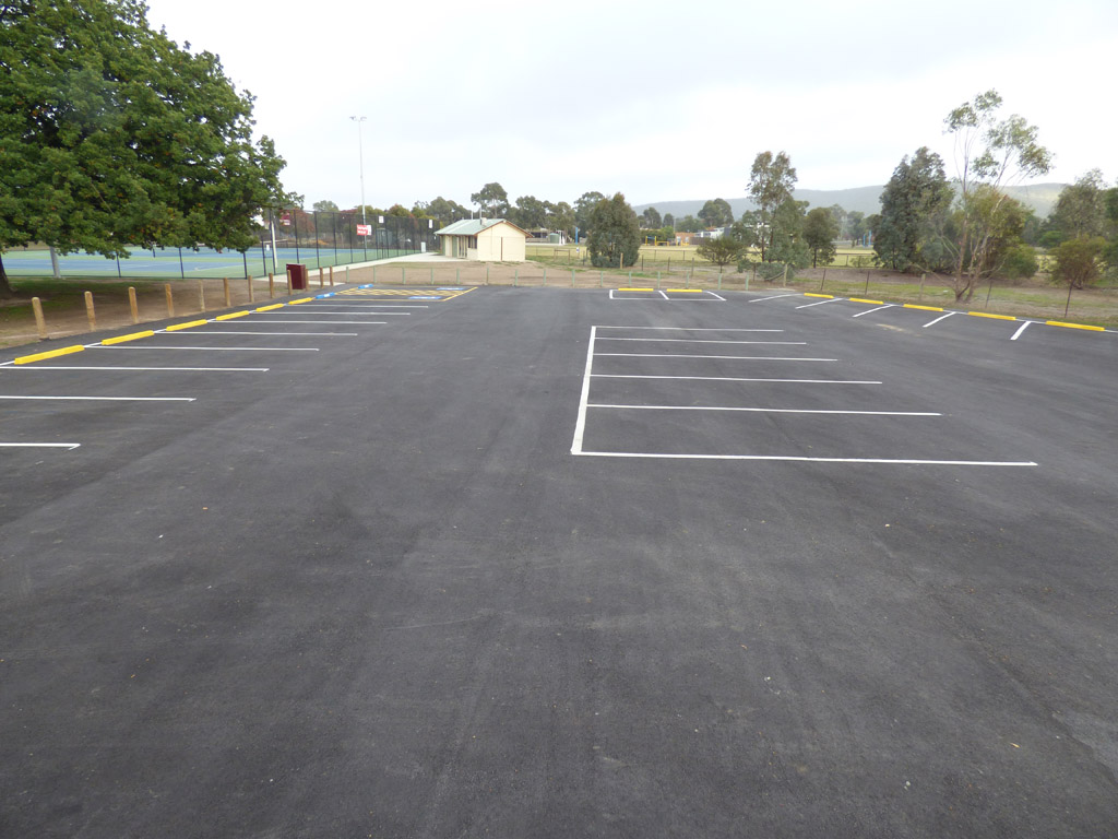 car park construction central victoria newearth constructions. Black Bedroom Furniture Sets. Home Design Ideas